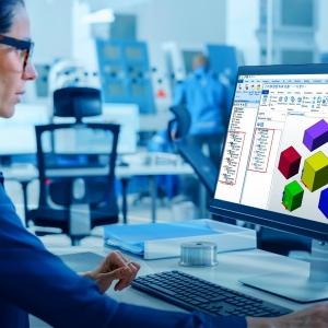A Hexagon faipari szoftvere automatikusan feldolgozza a CAD szereléseket a gyors programozás és gyártásindítás érdekében