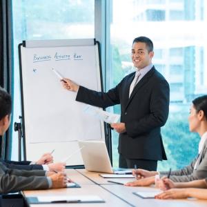 Szolgáltatások (Tervezés, telepítés, üzemeltetés, konzultáció)