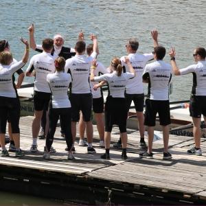 """Bronzérmes lett az Enterprise Group evezős csapata a """"Hív a Duna"""" bajnokságon"""